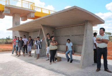 Os preços oficiais dos abrigos de ônibus variam de . Algumas localidades requerem abrigo duplo. Foto: Lula Lopes (Agência Brasília)