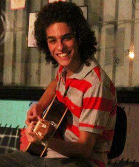 Familiares ainda guarda a esperança de localizar Artus Paschoali, desaparecido no Peru, desde dezembro de 2012