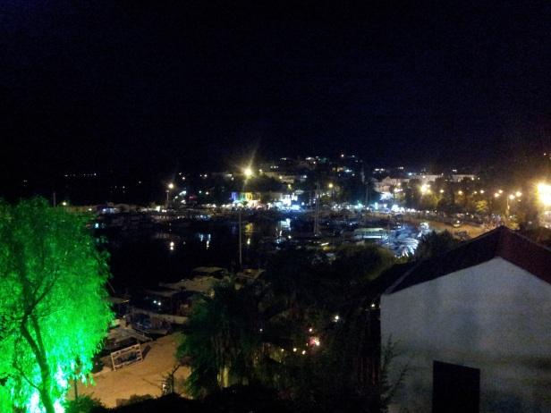 Antália à noite