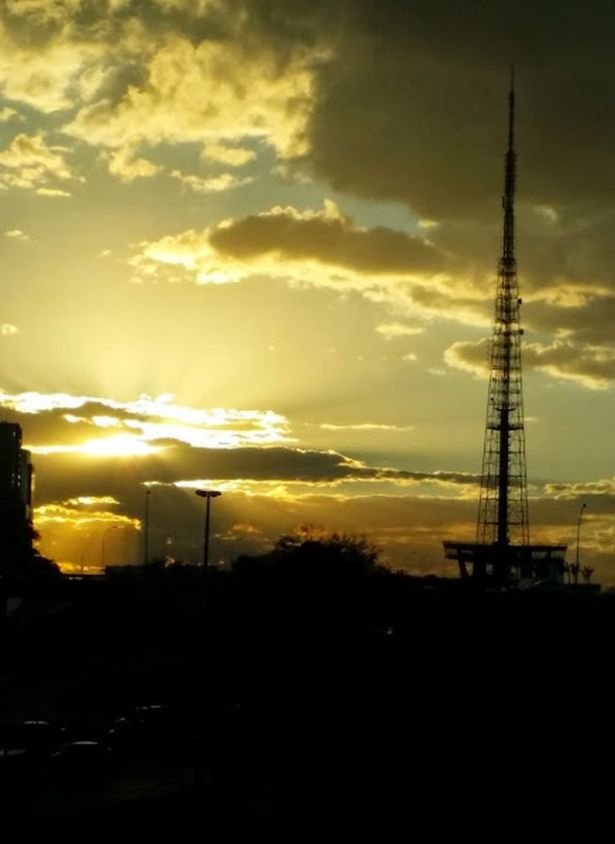 Torre de TV Por do Sol2
