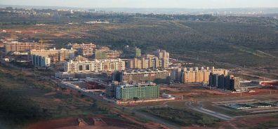 Expansão urbana de Brasília avança sobre o verde do cerrado,como no caso do Setor Noroeste. Foto: Jonas Pereira