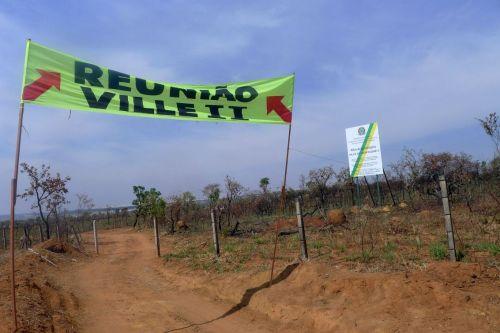 Grileiros no Ville deMontagne sergio leo
