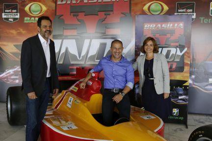 Fórmula INDY - Agnelo e Tony Canaã foto de Dênio Simões