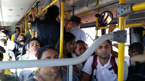 Com estações fechadas, quem mora ou trabalha no Park Way não pode usar o BRT. Foto nde Chico Sant'Anna.