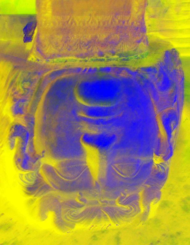 Turkia - Instanbul estatua de cabeça pra baixo