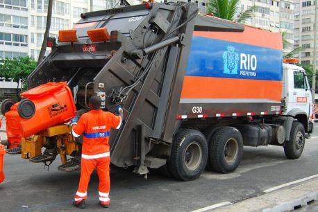 Caminhão de lixo Rio
