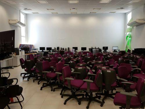 cmb-auditorio-virou-deposito