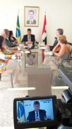 concedeu entrevista ao programa Contra Corrente da TV Comunitária do DF.